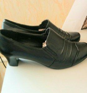 Туфли кожаные, с закрытым верхом