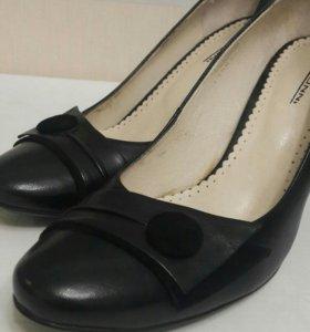 Туфли новые Conni кожаные