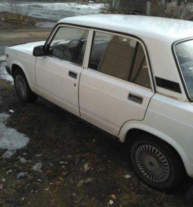 Автомобиль 2107