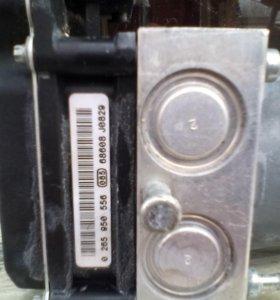 Блок ABS на Ауди- А6.2011 г.