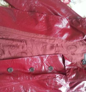Кожаная лакированная куртка 44-46р-р