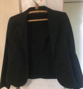 Пиджак фирмы cos