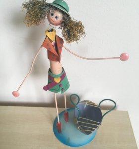 Подставка под украшения, фигурка девочки