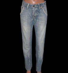Dsquared 2 джинсы Размер 44-46
