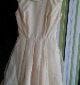 Женское платье. Б/у 1 раз.