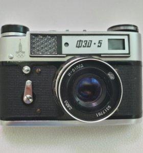 Винтажный фотоаппарат ФЭД -5