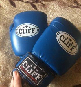 Бокс-перчатки