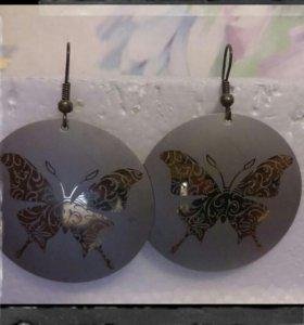Сережки серьги с бабочкой