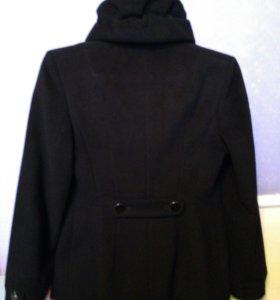 Кашемировое пальто..44размер.