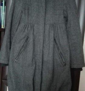 Пальто подойдет беременным