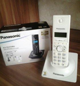 Телефон Panasonic KX-TG1711RU