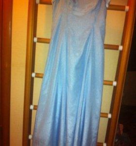 Платье вечернее длинное.