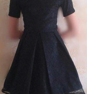 Платье на девочку, рост 140-150