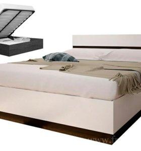Кровать, матрас, комод