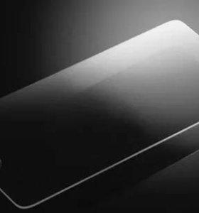 Защитные стекла на iPhone 5,5s, 6