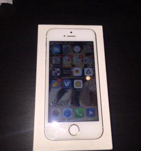 Продам iPhone 5s 32 GB gold