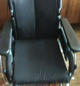 Кресло-коляска для инвалидов новая