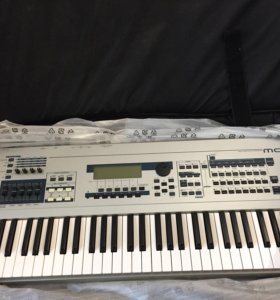 синтезатор yamaha MO6