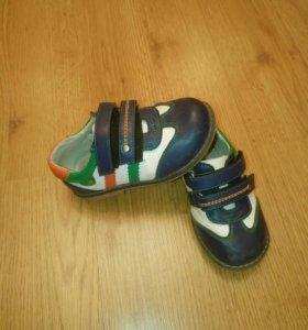 Обувь 24размера