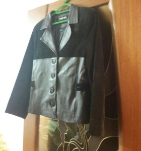Замшевая кожаная куртка