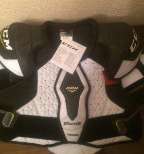 Нагрудник хоккейный ccm tacks 4052