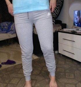 Спортивные штаны новые