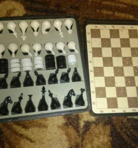 Дорожные шахматы/шашки.