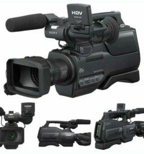 Видеокамера SONY HD1000E