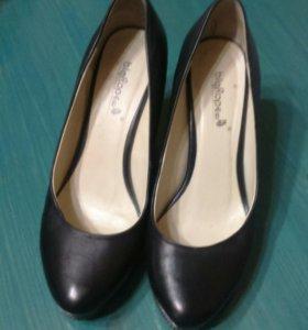 Туфли на платформе 38ру