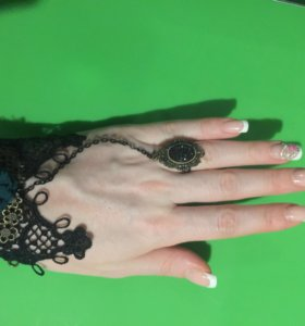 Украшение на руку с кольцом