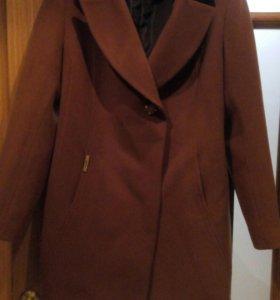 Пальто новое демисезонное