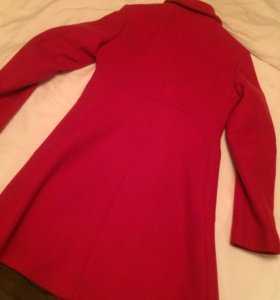 Kelvin Klein брендовое красное пальто
