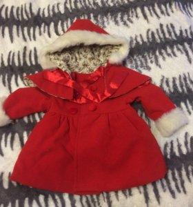 Пальто на девочку 1,5-2 года