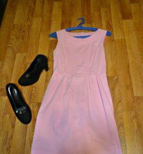 Розовое коктельное платье
