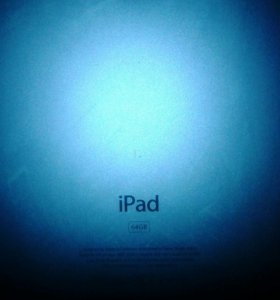 IPAD 1G+чехол книжка новая+бампер новый+игры