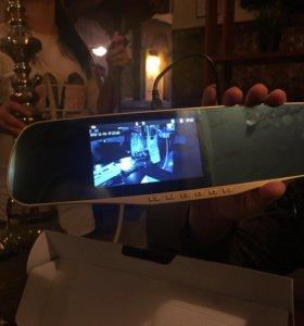 Видеорегистротор зеркало и Камера заднего вида