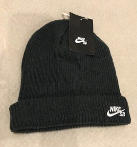 Шапка Nike новая оригинал