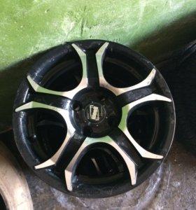 Литые диски R14 4 - 100 мм. 3 шт.