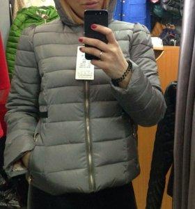 Курточка новая 44