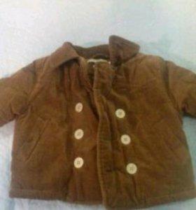 Курточка весенняя Новая