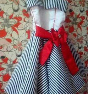 Платье на девочку 8-10лет