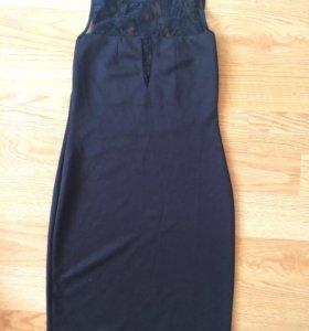 Платье с кружевами чёрное, 42-44 р