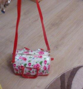 Модная сумка под известный бренд