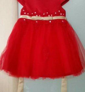 Очень красивое платье на девочку 2-х лет