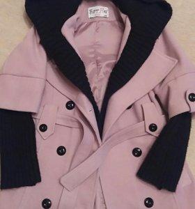 Пальто весна-осень на девочку.