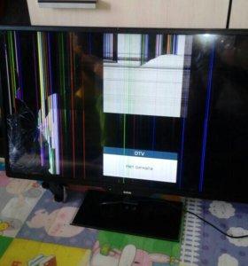 Продам жк-телевизор bbk на запчасти разбит экран
