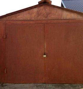 Продам цельнометаллический гараж (торг уместен).