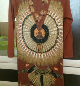 Платье красивое!