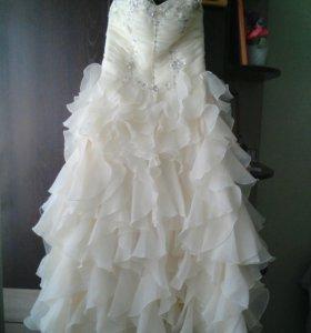 Свадебное платье (можно на выпускной)