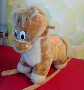 Лошадка- качалка музыкальная